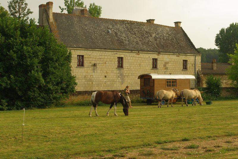 La roulotte à l'abbaye d'asnières