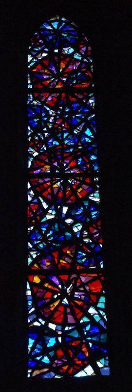 Un vitrail de l'église de Castillonnès (24)