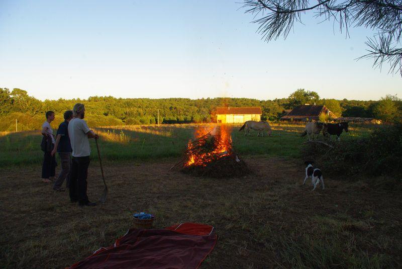 feu pour fêter l'automne et notre installation.