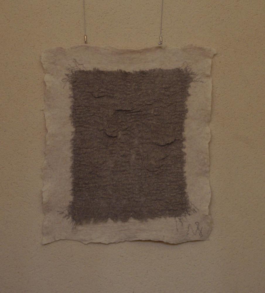 """""""Étirement 2"""" tapisserie en laine feutrée (toile lin feutrée sur Xaxi Ardia), 110x120cm, 2015"""
